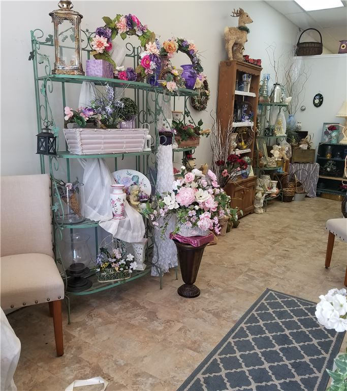 Well established florist in the affluent town